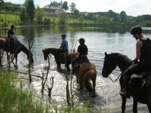 Jezioro Wielewskie - rajd ekipy Qń nad morze wiosna 2010